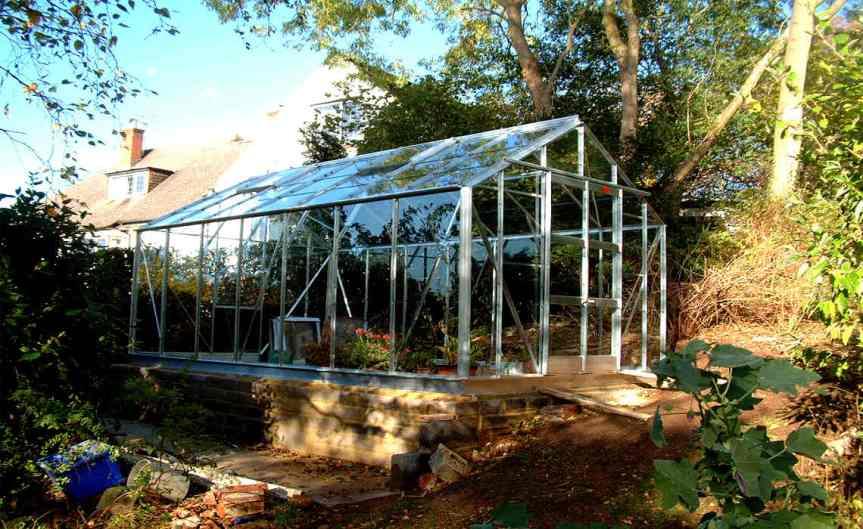 Greenhouse [CCBY Matt Buck]