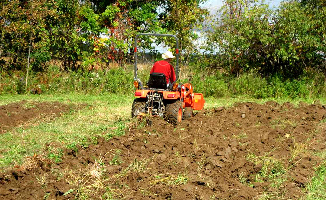Don T Plow Your Garden When The Soil Is Moist Blog
