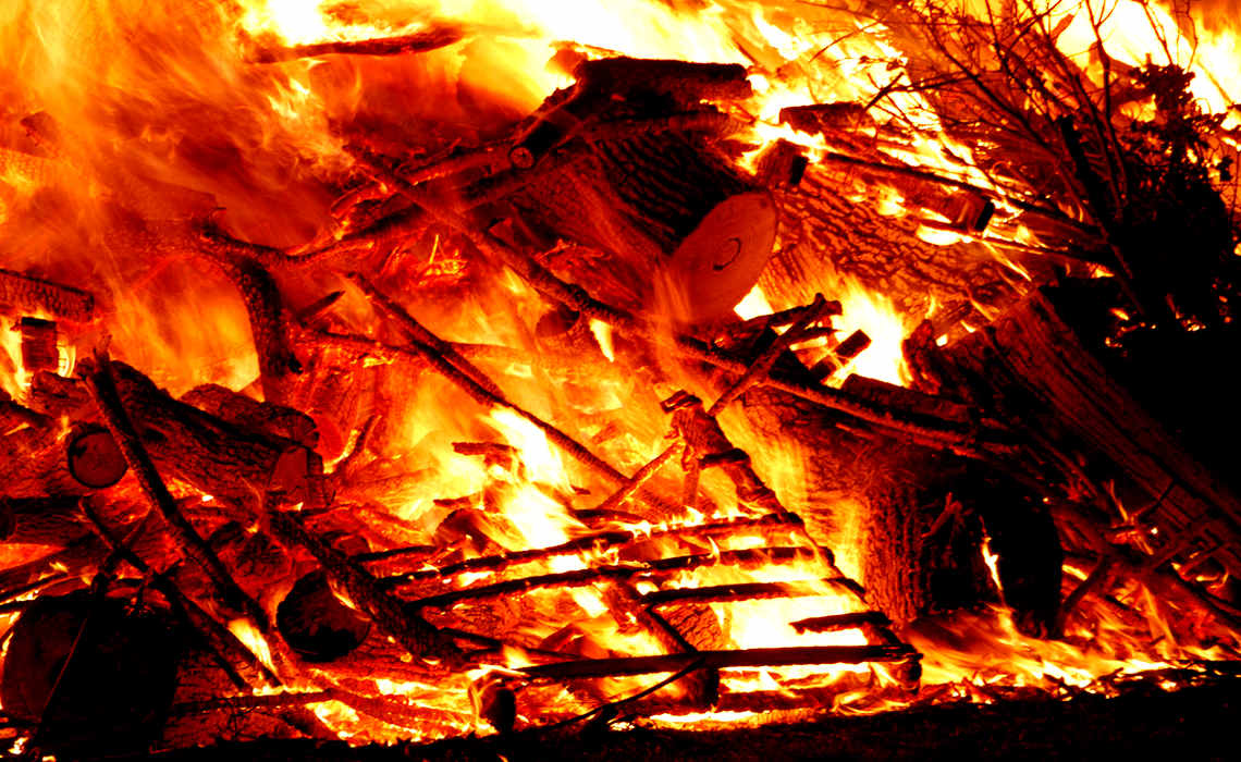 Bonfire [CCBY b0jangles]