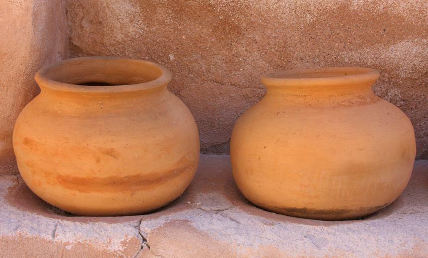 Pots [CCBY SamHowzit]