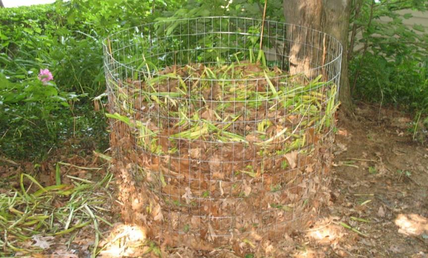 Compost [CCBY-SA Tony Buser]
